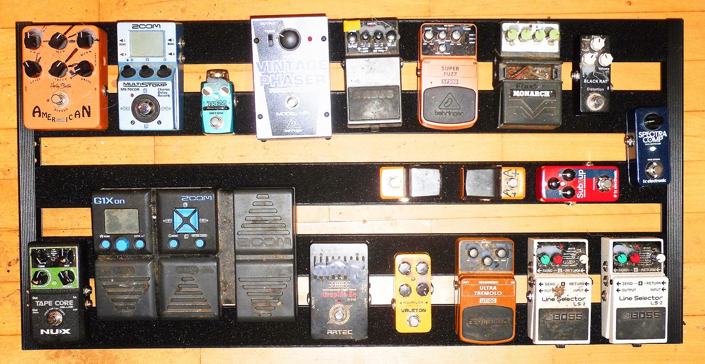 Bass-Pedal-Board-100621-Finish-666999-sm