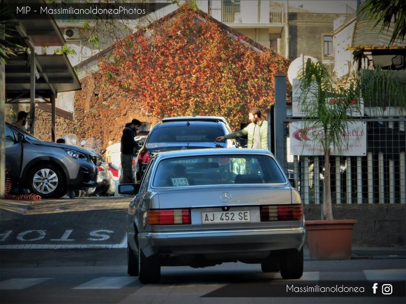 avvistamenti auto storiche - Pagina 3 Mercedes-W126-300-SE-3-0-188cv-90-AJ452-SE-1