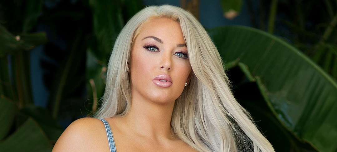 Laci-Kay-Somers-Wallpapers-Insta-Fit-Bio-10