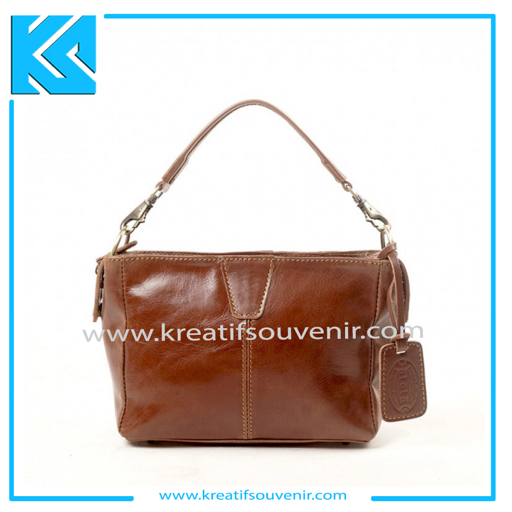 Jual Souvenir Tas Kulit Custom No 1 – Best Price