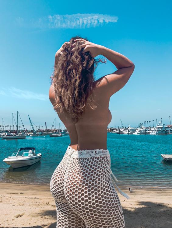 Voyeur-Flash-com-Victoria-Xavier-nude-2