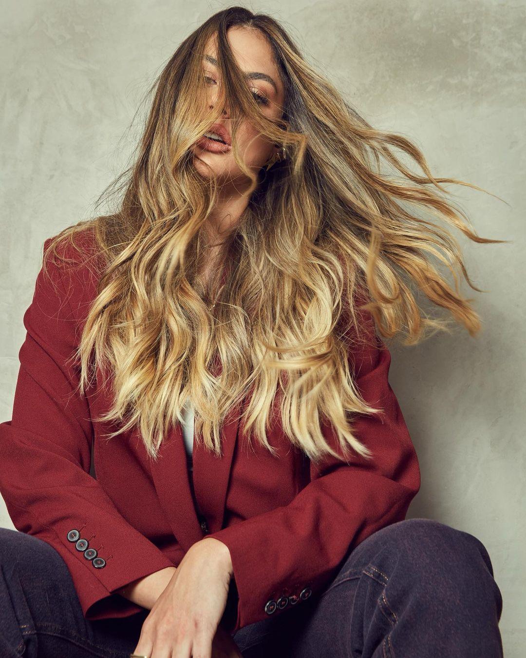 Mari-Gonzalez-Wallpapers-Insta-Fit-BIo-9