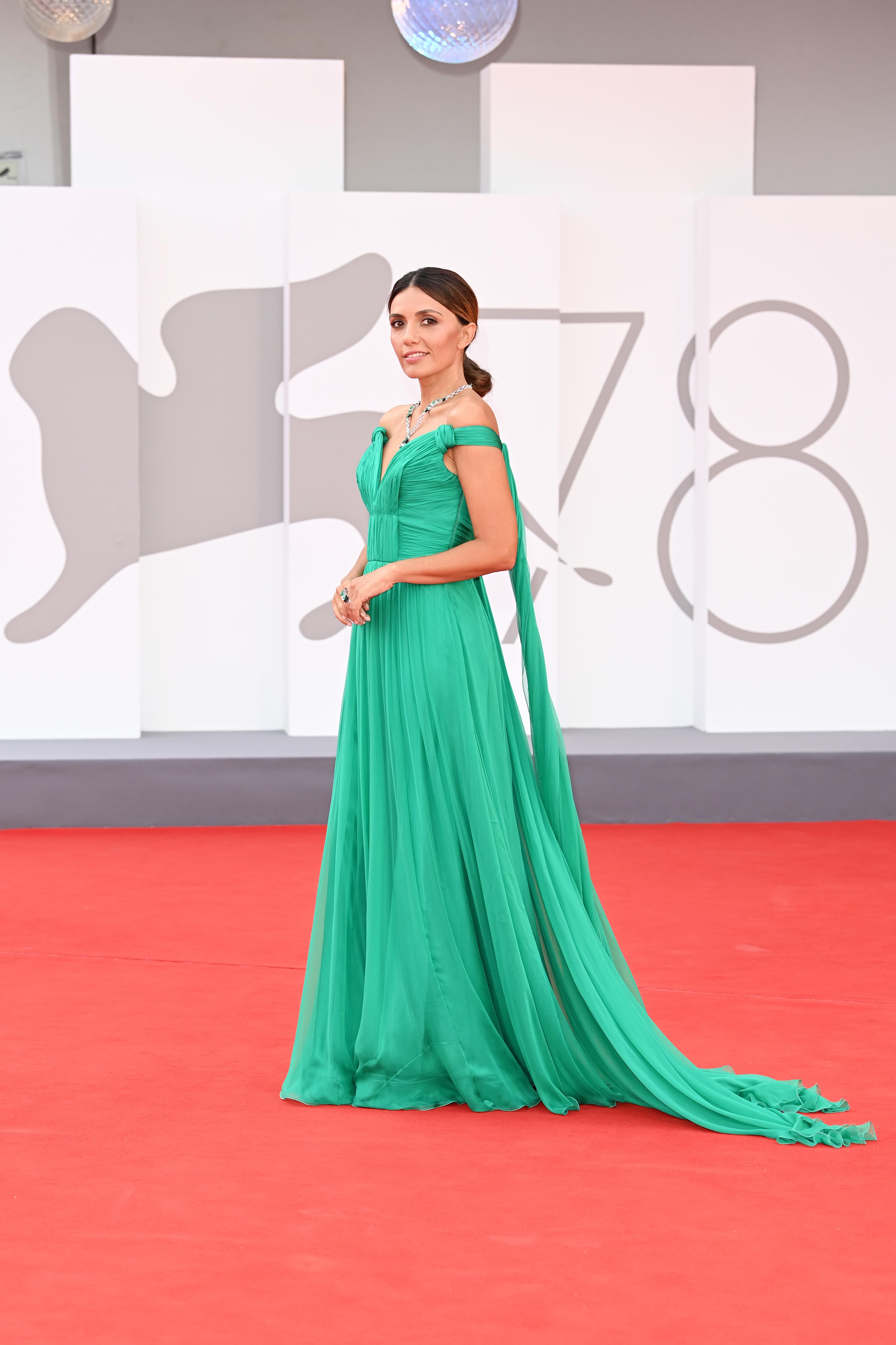 Venezia 2021, i look in & out sul terzo red carpet