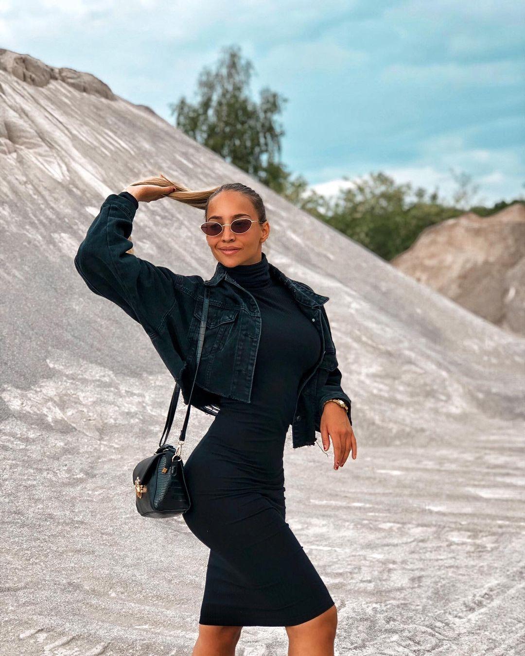 Marija-Ignjatovic-Wallpapers-Insta-Fit-Bio-11