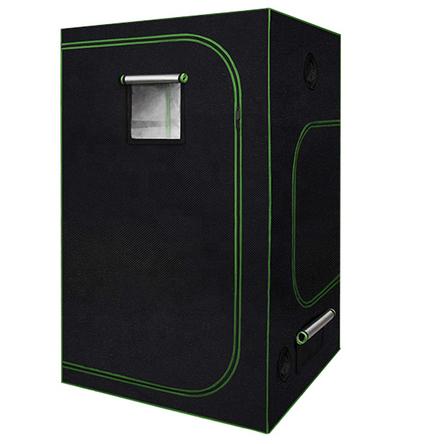 growbox-geschlossen-2-luft-ffnungen-abluft-zuluft