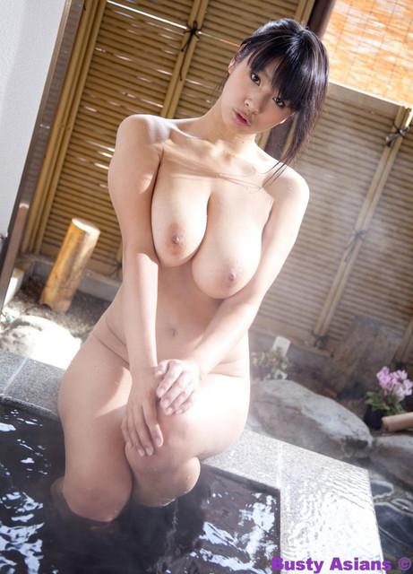 Haruna Hana 春菜はな