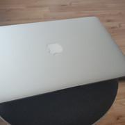 I/P: Macbook Air 13 2015 i5/8GB/128GB