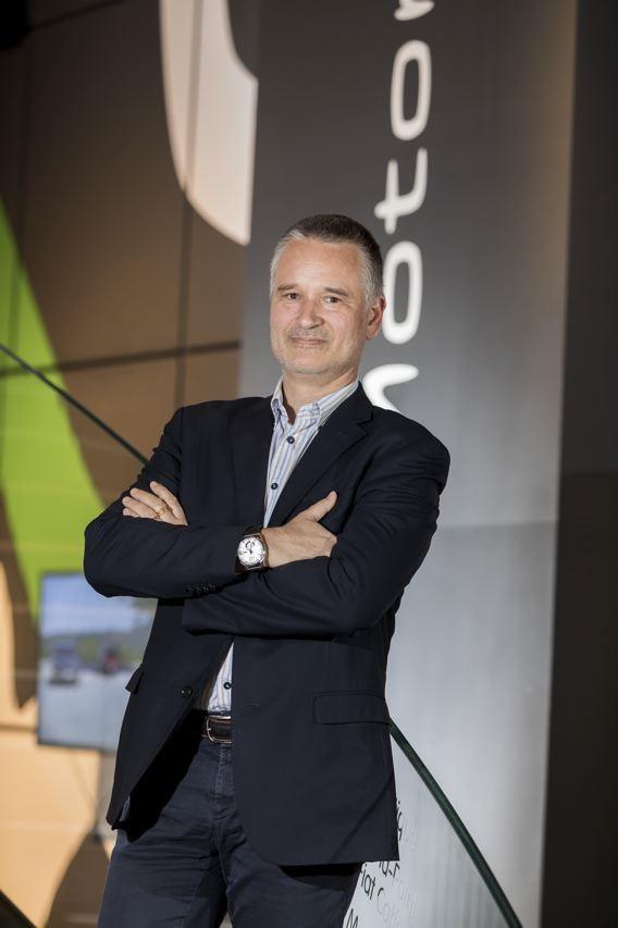 Cyril Billiard prend en charge le projet E-mobility au sein de FCA France Jmonce007bd-5e2f0be0c5b13-5e3c38db98474