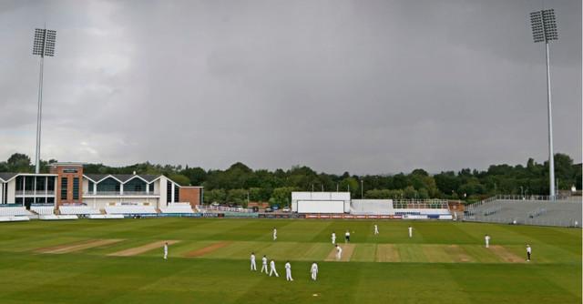 [Image: Worcester-Durham3.jpg]