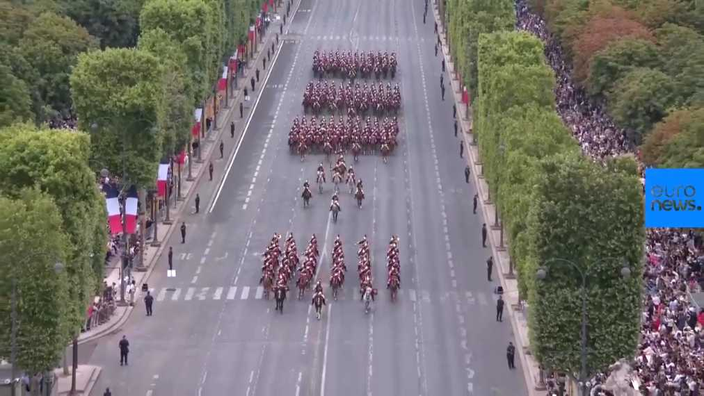 Watch-Macron-attends-Bastille-Day-parade-in-Paris-mp4-59549000000
