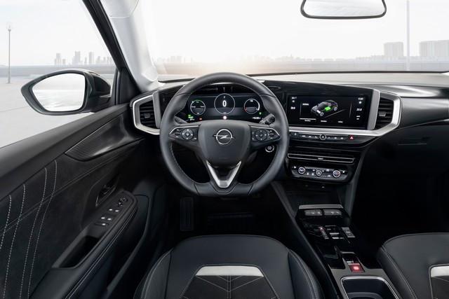 Le nouvel Opel Mokka-e remporte le « Connected Car Award » Opel-Mokka-e-513094