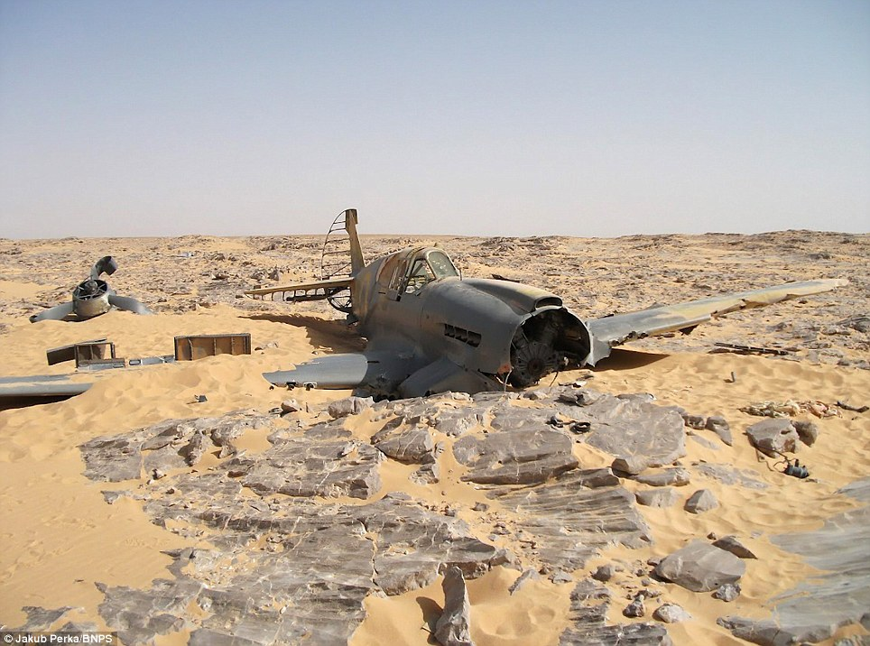 """P-40 """"Kittyhawk"""" of the Royal Air Force during World War II found in the Sahara"""