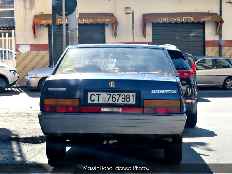 avvistamenti auto storiche - Pagina 7 Alfa-Romeo-90-2-0-128cv-87-CT767981-92-403-4-5-2020-2