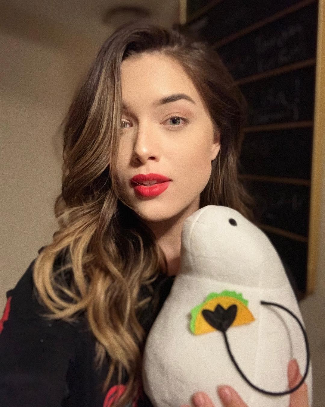 Lauren-Summer-Wallpapers-Insta-Fit-Bio-10