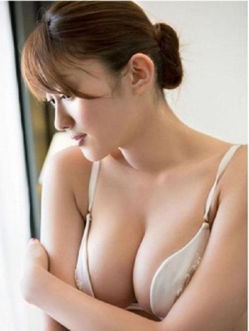 Bác sĩ nâng ngực đẹp ở đâu - Giải đáp thắc mắc Massage-tang-vong-1-301x400
