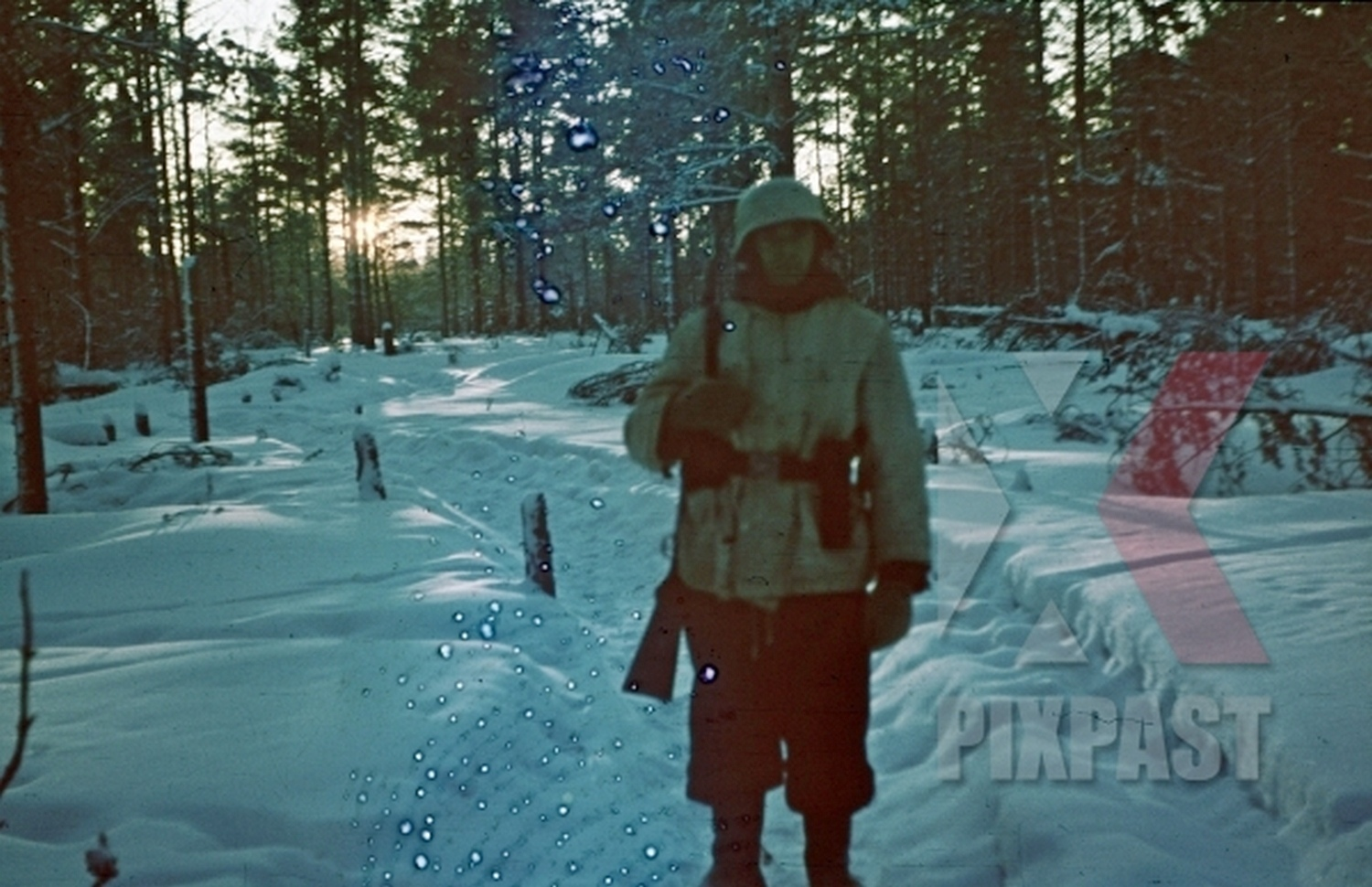 Original war photos in color from the album of a Wehrmacht soldier, winter 1942 on the Leningrad front.