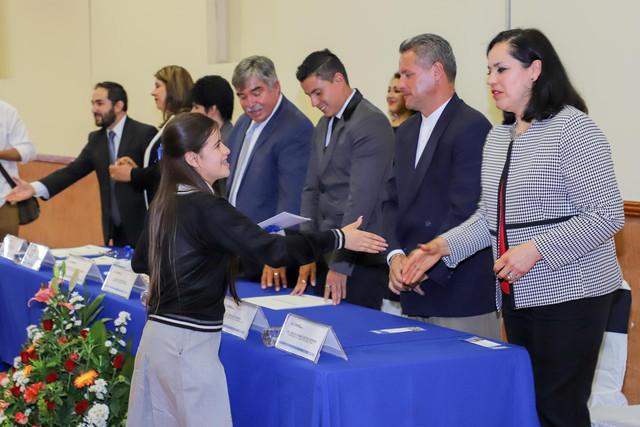 Graduacio-n-Quiroga2019-28