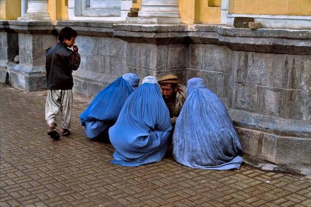 14-afghanistan-2000