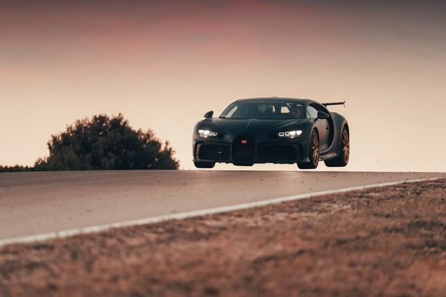 Bugatti Chiron Pur Sport - la production devrait bientôt commencer  09-bugatti-nardo-pur-sport