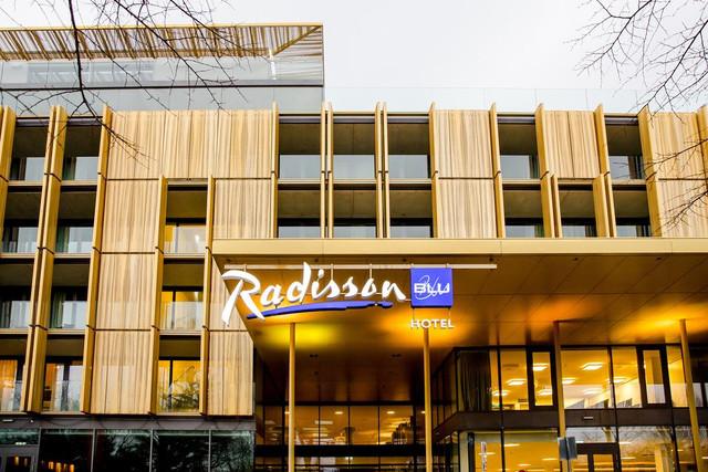 fachada-radisson-royal-palace-vienna-travelmarathon-es