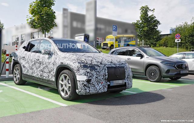 2022 - [Mercedes-Benz] EQS SUV - Page 2 4-A595-D59-2-F8-F-44-AA-BAE9-47-BF69125129