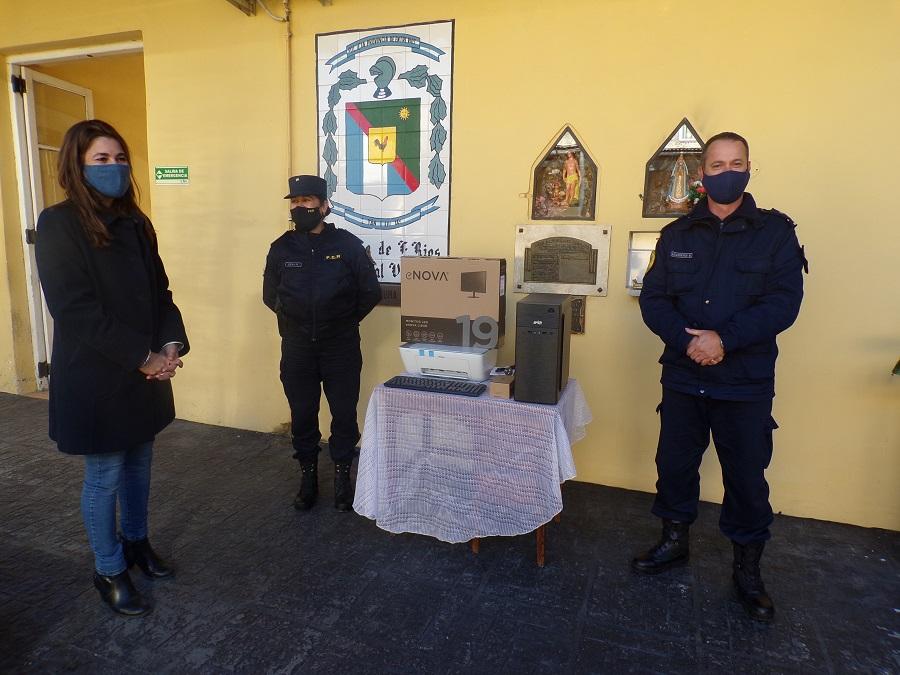 POLICÌA DE VILLAGUAY: Donación de CPU por parte del municipio – Dos detenciones en Villa Clara por delitos contra la Integridad Sexual
