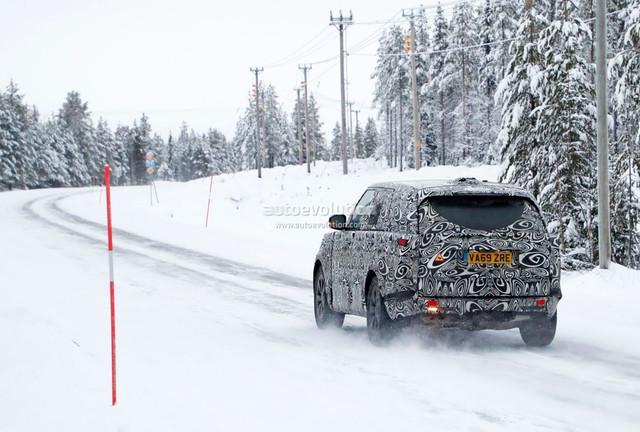 2021 - [Land Rover] Range Rover V - Page 2 882-AC929-27-F4-47-C2-A146-BE016-F85-FA31