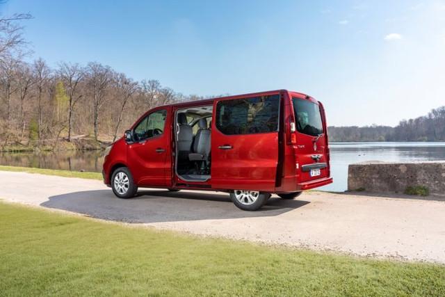 2014 [Renault/Opel/Fiat/Nissan] Trafic/Vivaro/Talento/NV300 - Page 21 9862-AA36-C089-435-A-A016-8-EE28-EE3-B0-B6