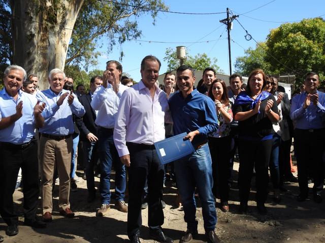 Provinciales: Bordet continua con los generosos aportes para Aldea San Antonio