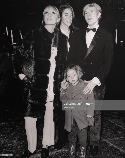Clockwise-from-left-Nico-Mary-Woronov-Andy-Warhol-and-Ari-Boulogne-Nico-s-son-arrive-at-Rivoli-Theat.jpg