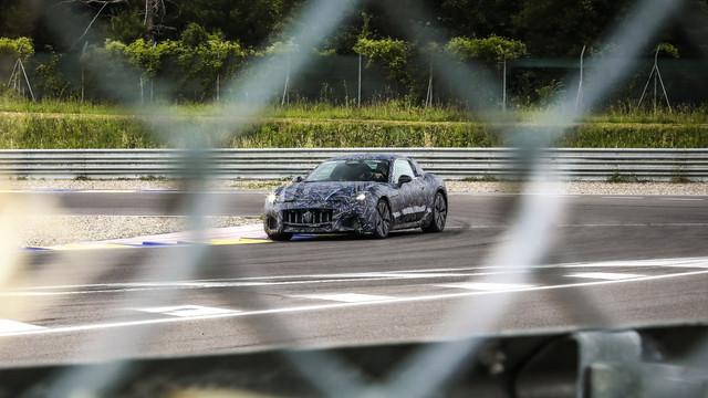 2021 - [Maserati] GranTurismo 5801-D29-B-5-F8-A-4-AD3-812-E-C69-EC3179891