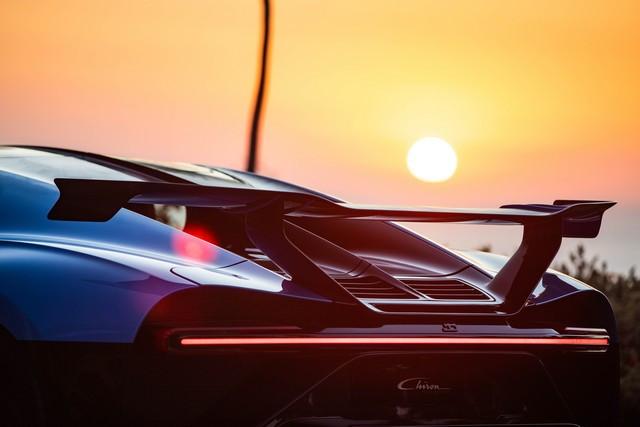 Tournée exclusive aux États-Unis - La Chiron Pur Sport poursuit son voyage à travers la Californie 09-bugatti-newport-beach-pur-sport