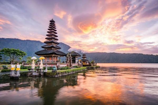 Jadi Wisata Favorit Dunia, 7 Tempat Super Keren Ini Ada di Indonesia