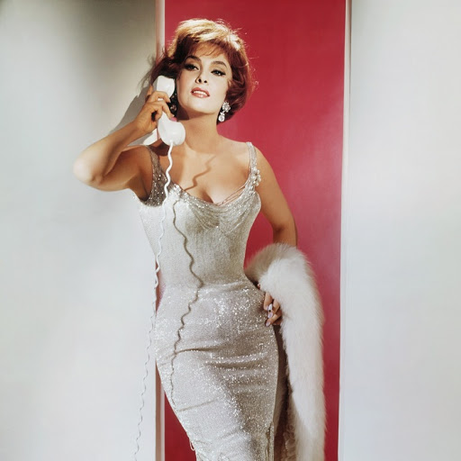 Соперничество двух красавиц Geh-nackt-in-die-Welt-Go-naked-in-the-world-USA-1960-Regie-Ranald-Mac-Dougall-Gina-Lollobrigida-Frau