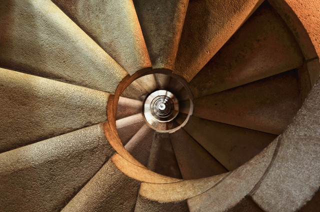 staircase-600468-1920