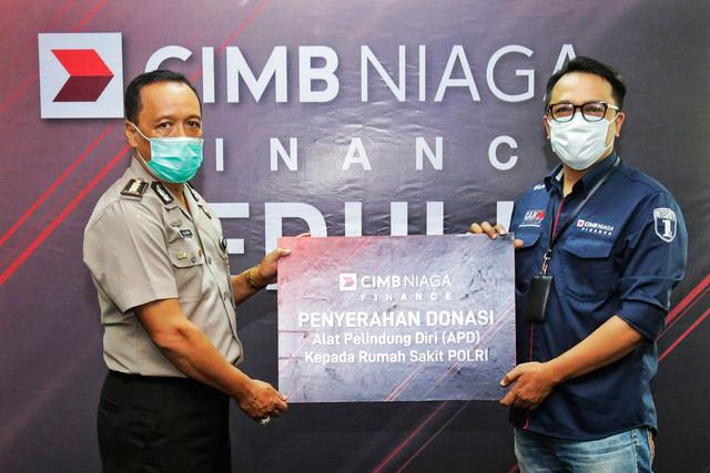 CIMB Niaga Finance Serahkan Bantuan Alat Kesehatan untuk Tenaga Medis RS Polri