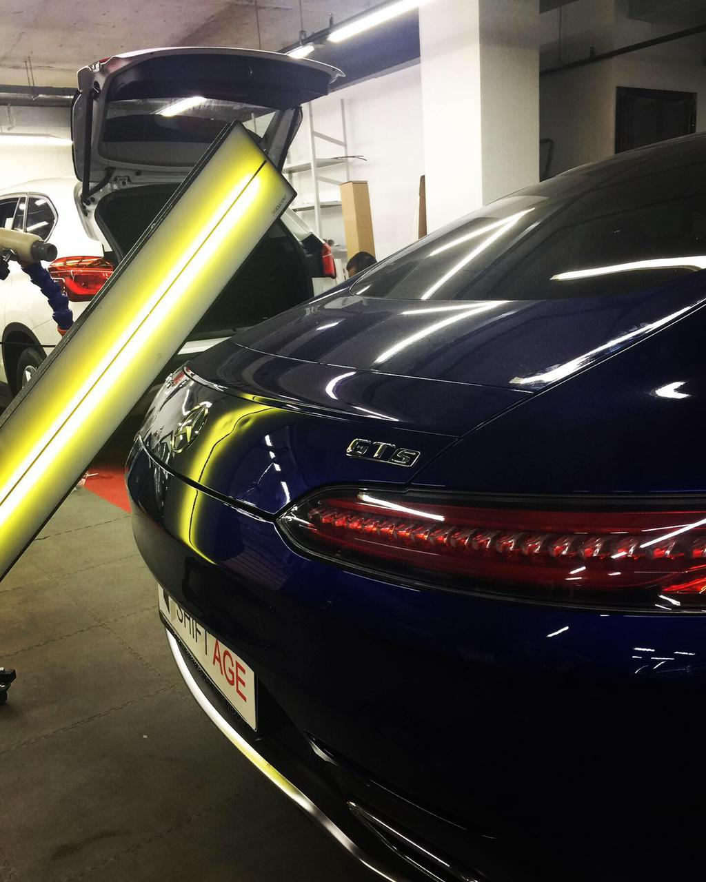 Удаление вмятин на автомобиле