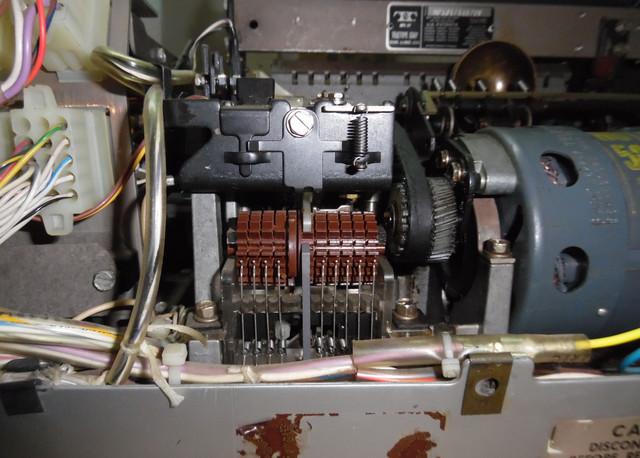 teletype-asr-33-30.jpg