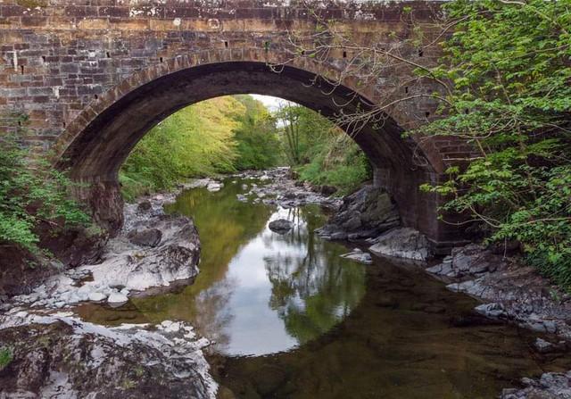 Low Water at Scaurbridge A702.jpg