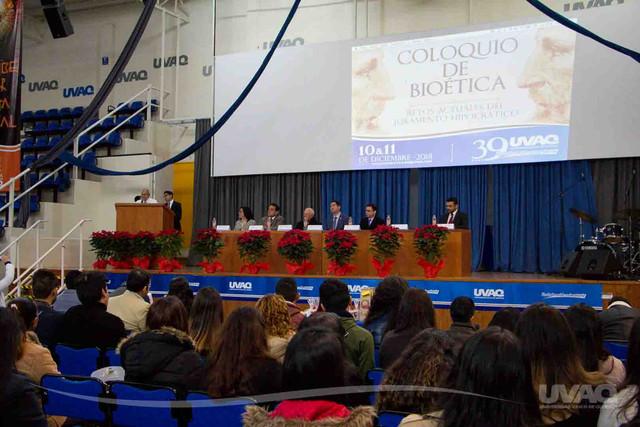 coloquio-bioetica-medicina-uvaq-9-1