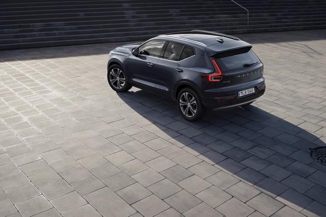 Les ventes mondiales de Volvo Cars en hausse de 30,2 % en janvier 265592-XC40-Recharge-Plug-In-Hybrid-Inscription-in-Denim-Blue-metallic