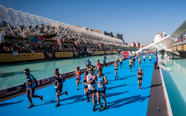 meta1-maraton-valencia-travelmarathon-es