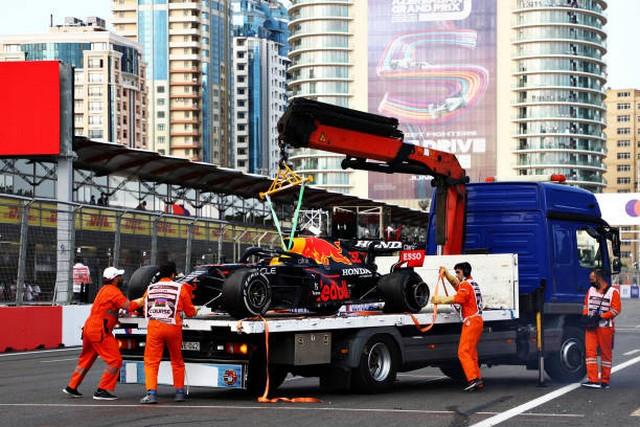 F1 GP d'Azerbaijan 2021 : Victoire Sergio Pérez (Red Bull Racing) 1322138033