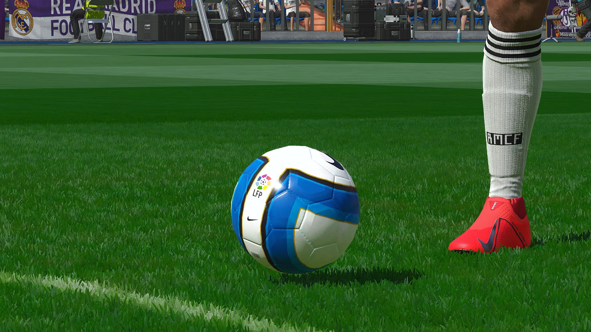[Image: Pro-Evolution-Soccer-2019-Screenshot-201...-35-23.png]