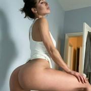 Jizzy-org-Eliza-Rose-Watson-nude-65