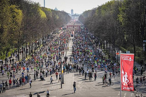 Salida Medio Maratón Berlín Travelmarathon.es
