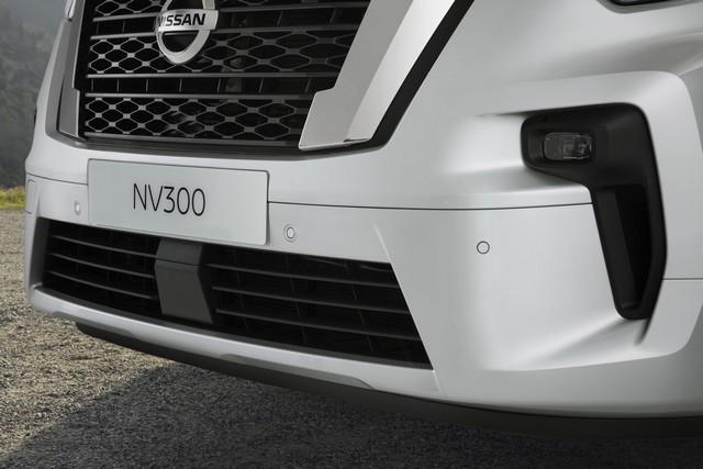 Le Nissan NV300 Combi Fait Peau Neuve New-NV300-Combi-Exterior-Front-1200x800