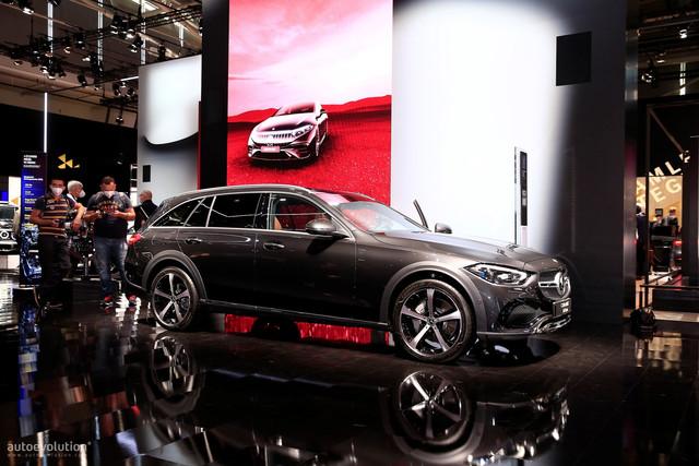 2021 - [Mercedes-Benz] Classe C [W206] - Page 18 6-CC1-DEB7-17-FD-4-DE6-8-BA5-49400494-D4-B2