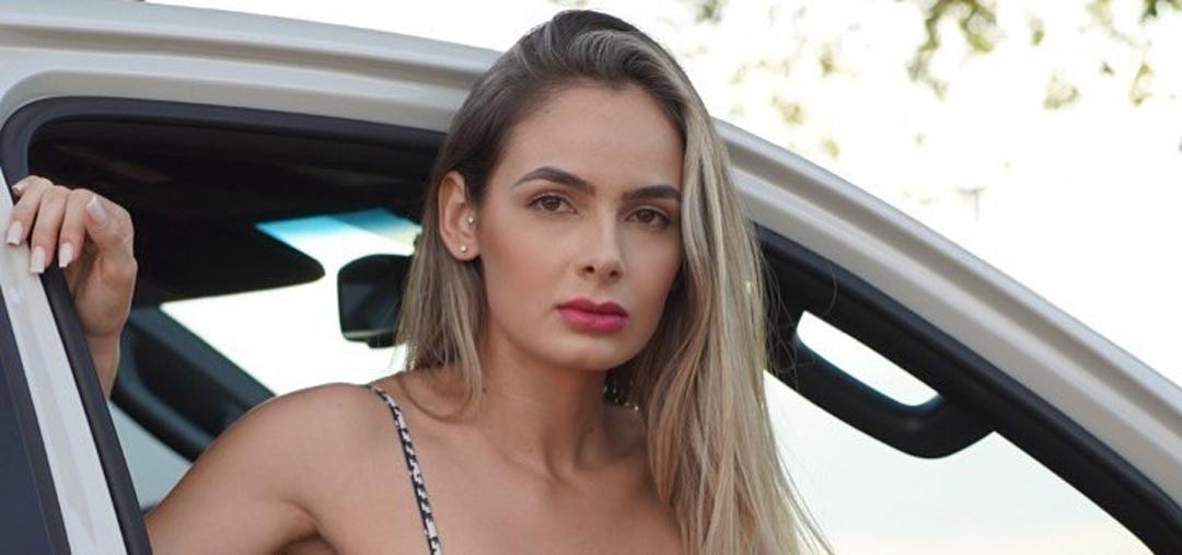 Ana-Jessica-Wallpapers-Insta-Fit-Bio-1