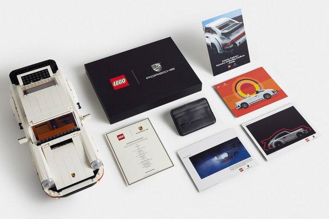 https://i.ibb.co/n39X022/LEGO-10295-Porsche-911-Turbo-Targa-13.jpg